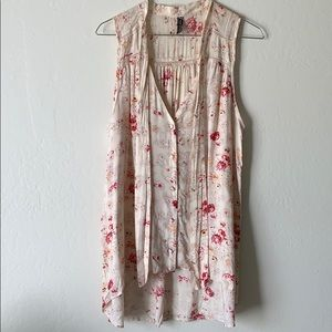 Free People rose print sleeveless button down M